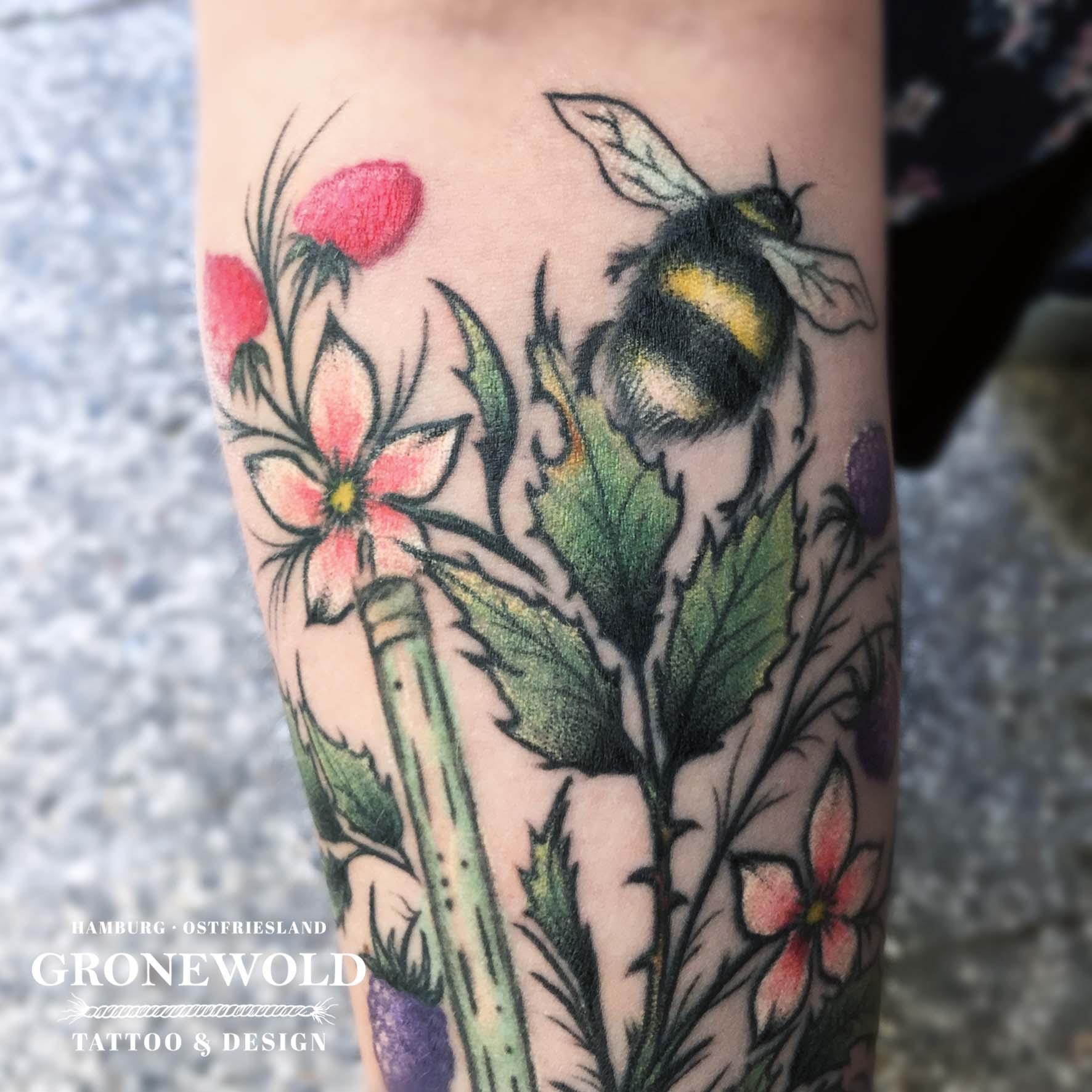 cgtattoo_quadra_150dpi_rgb_bumblebee_detail